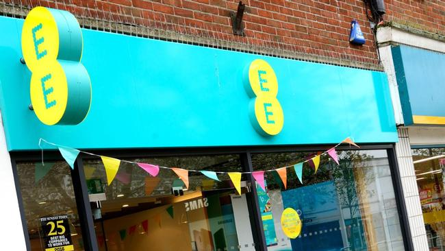 EE employee stalks ex-girlfriend after accessing her account